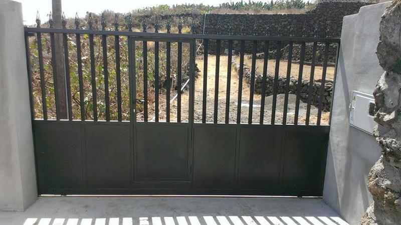 ventajas de puertas metalicas
